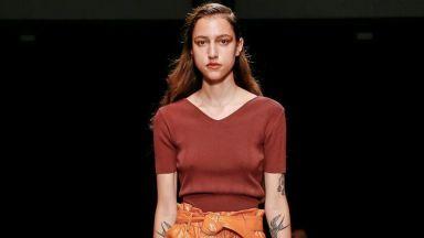 След Бел Хинова още една българка покори Седмицата на модата в Милано