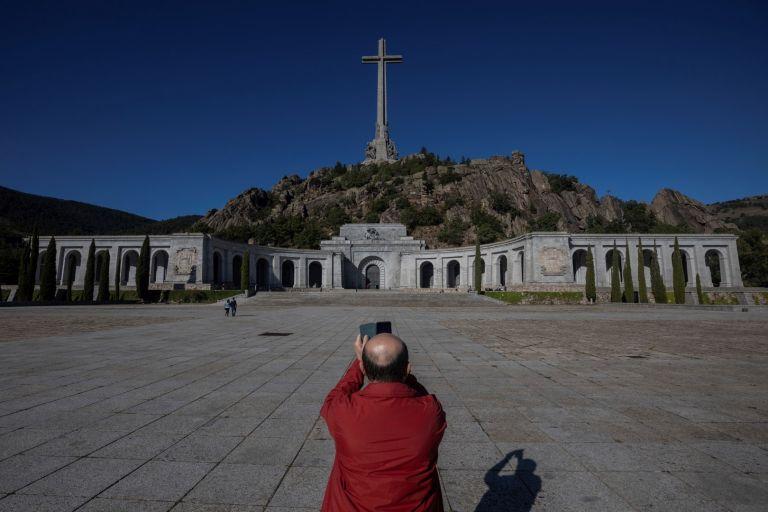 Тялото на Франко ще бъде извадено от мавзолея в четвъртък