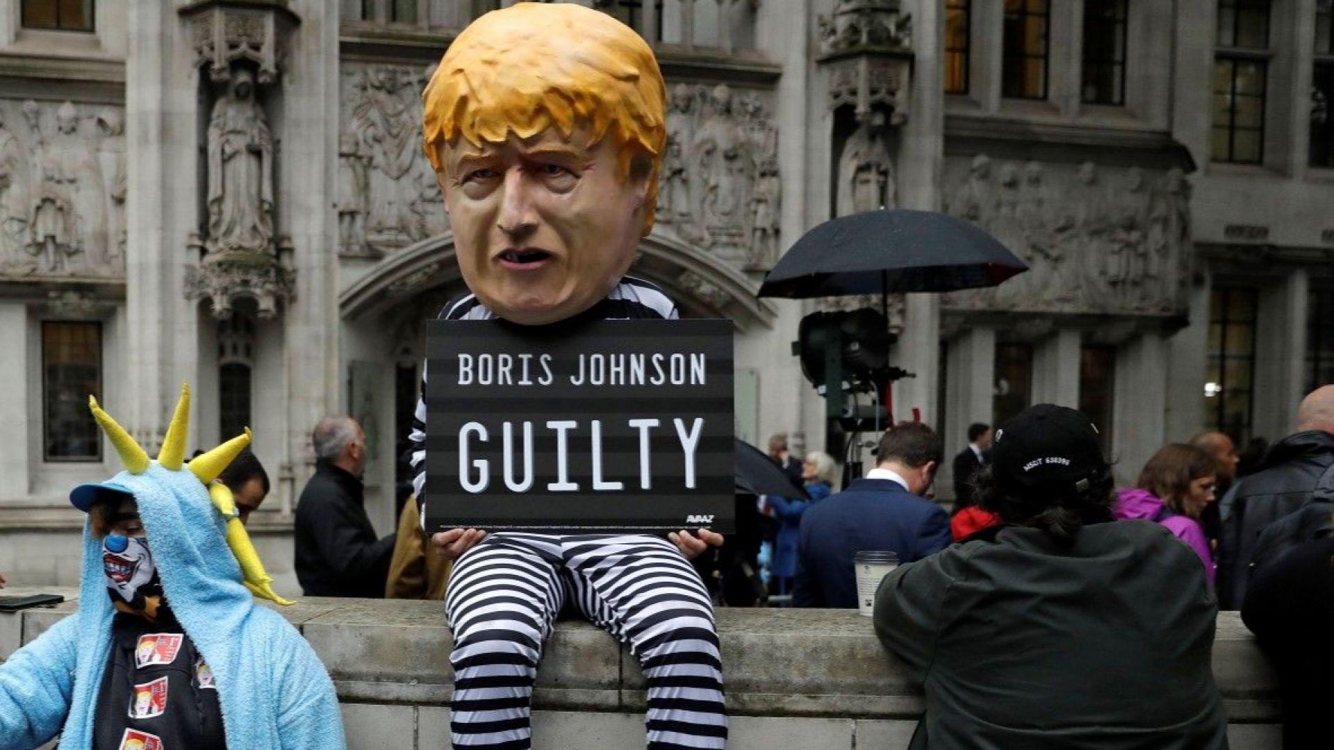 Борис Джонсън оспори решението на Върховния съд, но обяви, че ще го спази