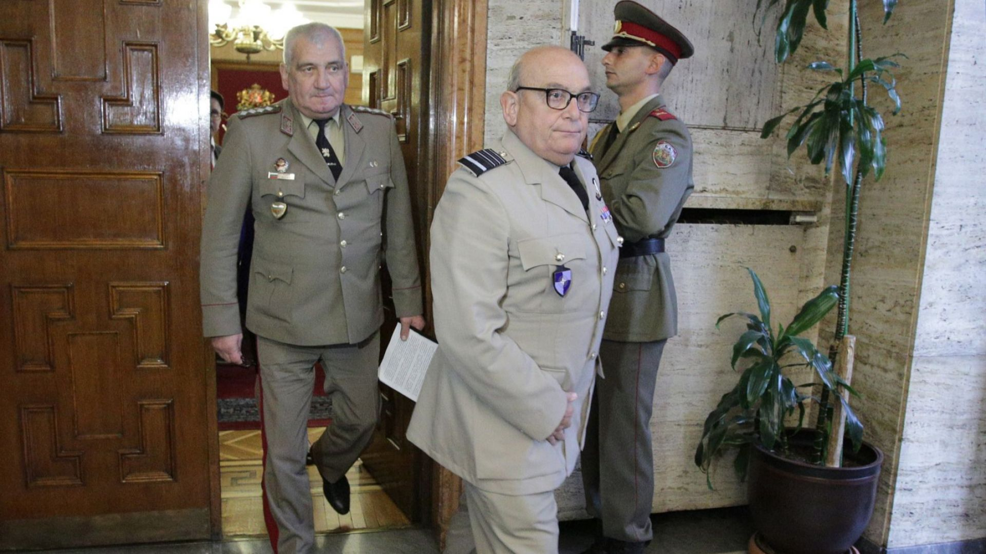 НАТО оценява приноса на България към мисиите и операциите на Алианса