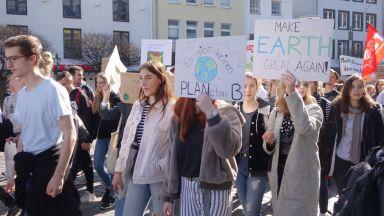 Стои ли Путин и зад климатичните протести?