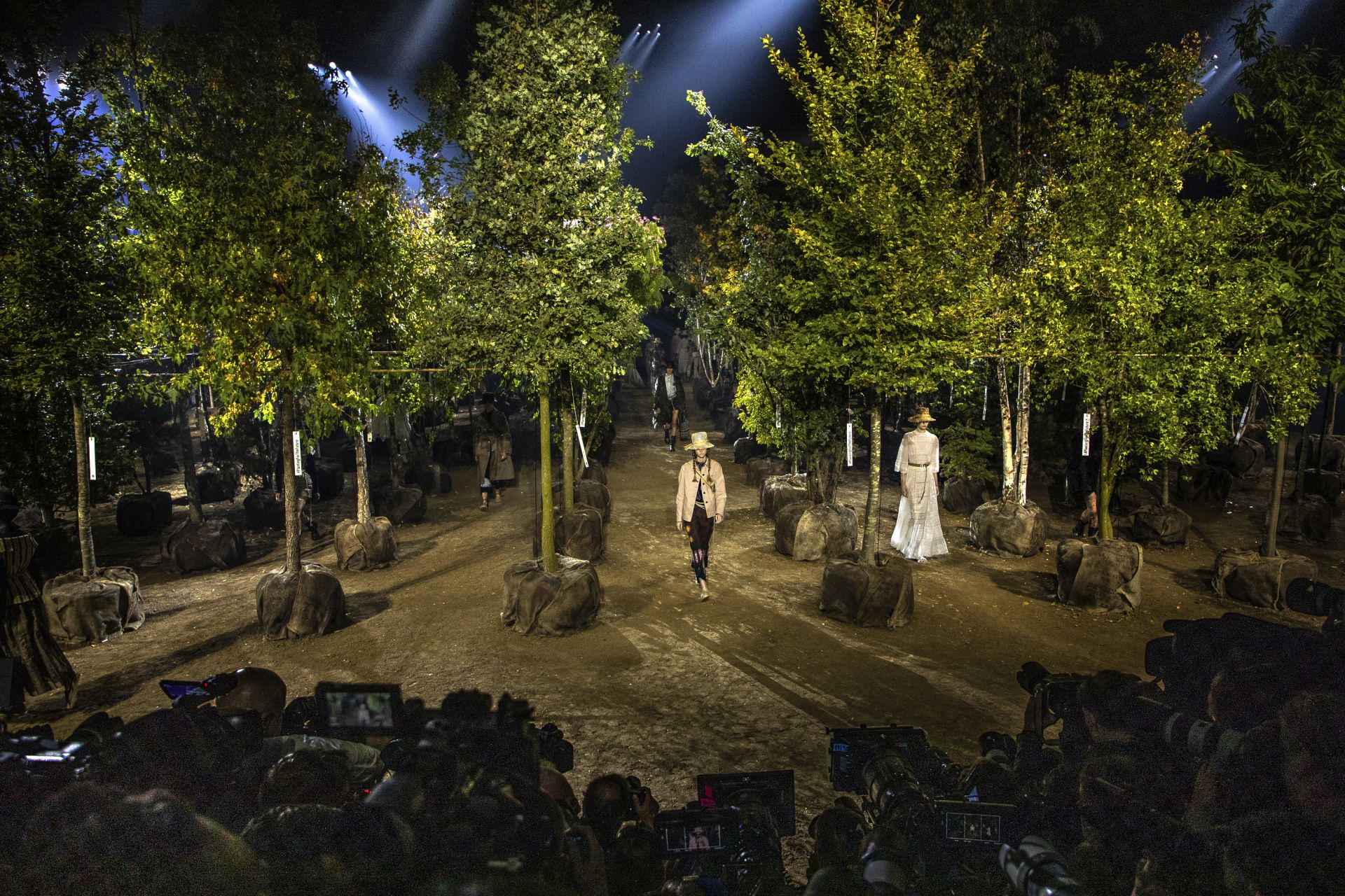"""""""Диор"""" - Седмица на модата в Париж"""