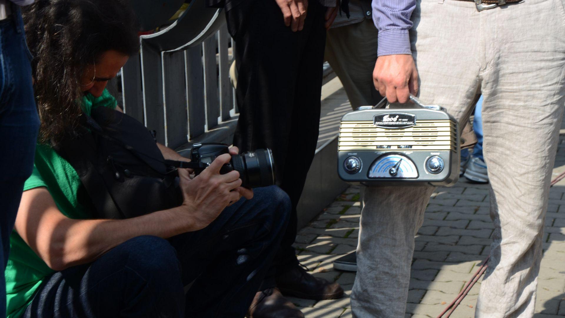 Годината няма да стигне на депутатите, за да проучат скандала с БНР