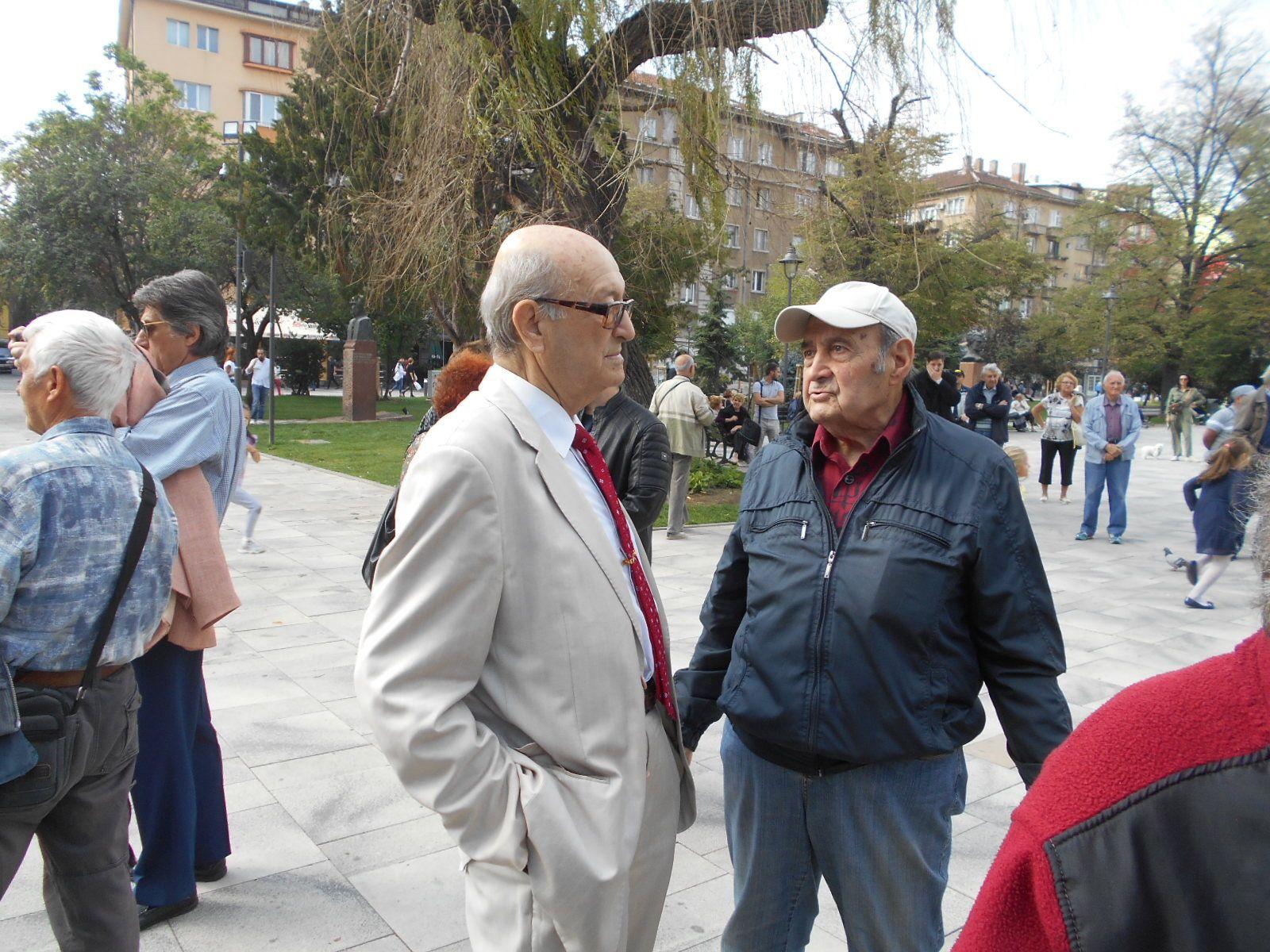 """Бившият директор на """"Българска музика"""" Зафир Николов"""