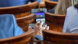Депутатите приеха нови правила по ЗОП за по-голяма прозрачност