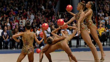 Хиляди на крака заради шоуто на Златните момичета в Пловдив (видео)