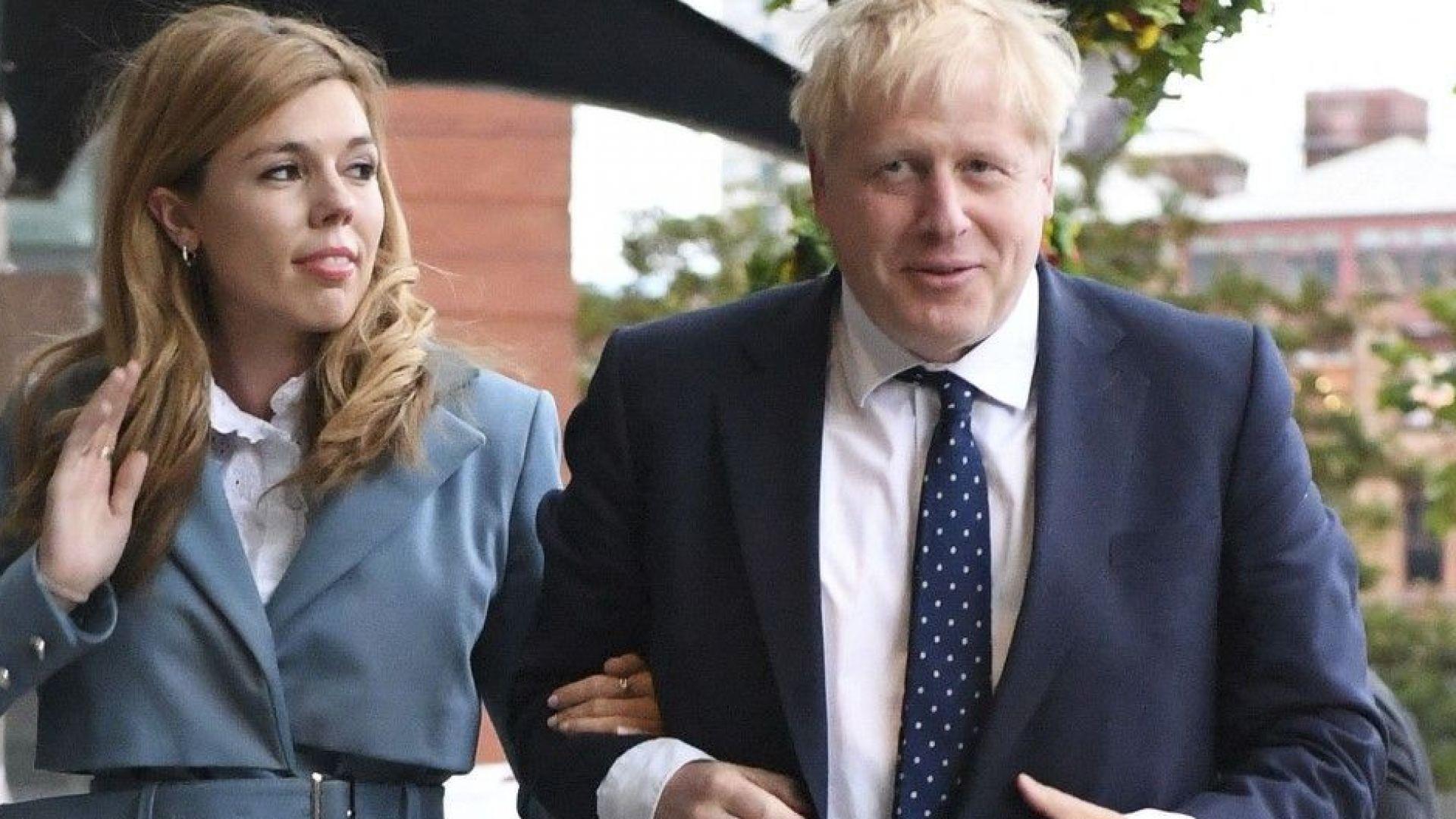 Започва годишната конференция на британските консерватори, на която премиерът Борис