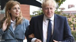 Бременната годеница на Борис Джонсън имала симптоми на коронавирус