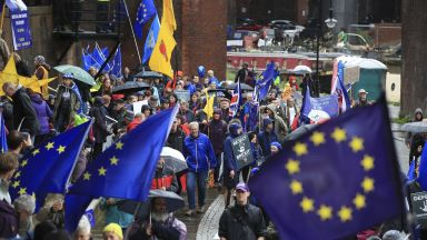 Великобритания ще трябва да предложи еврокомисар, ако остане в ЕС след 1 ноември