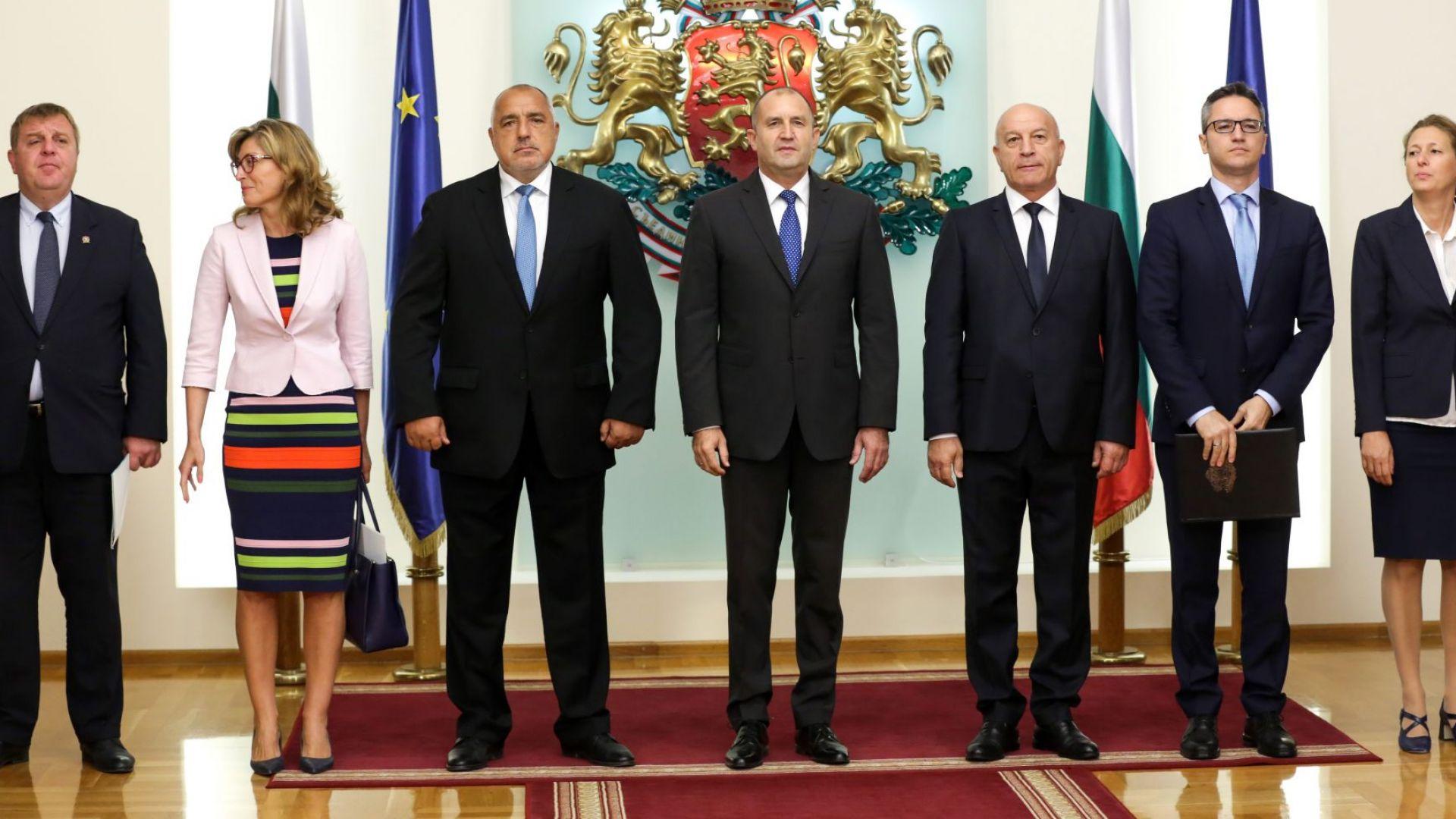 Новите заплати на властта: Депутатите - 6500 лв., президентът – 15 000, премиерът – 10 000