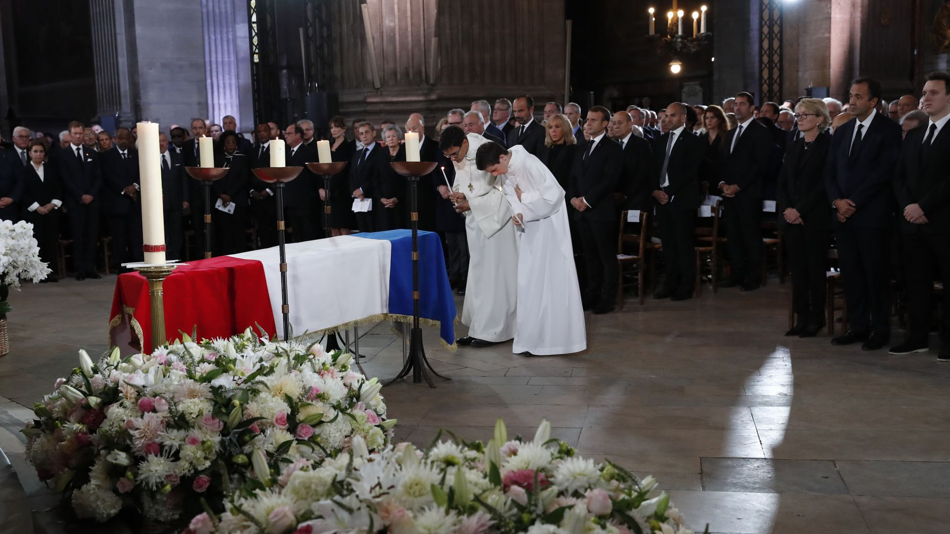 Световни лидери изпратиха Жак Ширак в последния му земен път (снимки)