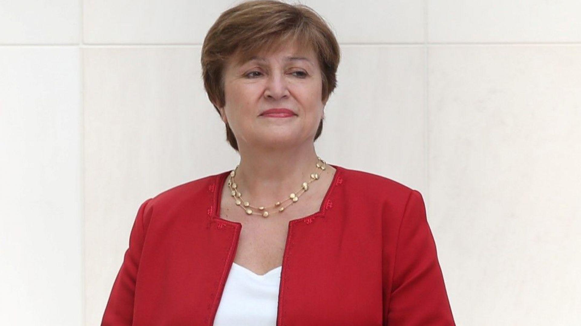 "Кристалина Георгиева обеща да ""поправи покрива, преди да удари бурята"""