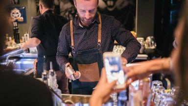 Миксолози повишават бар културата ни с помощта на любима родна напитка