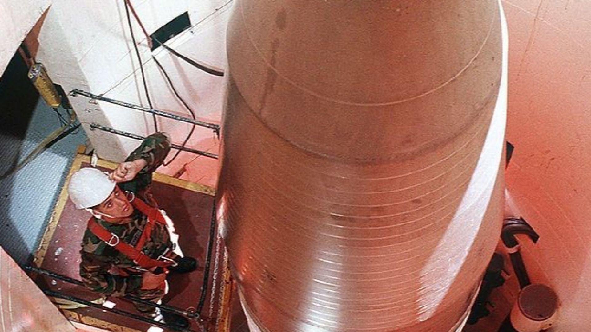 САЩ са провели тестове с междуконтинентална балистична ракета
