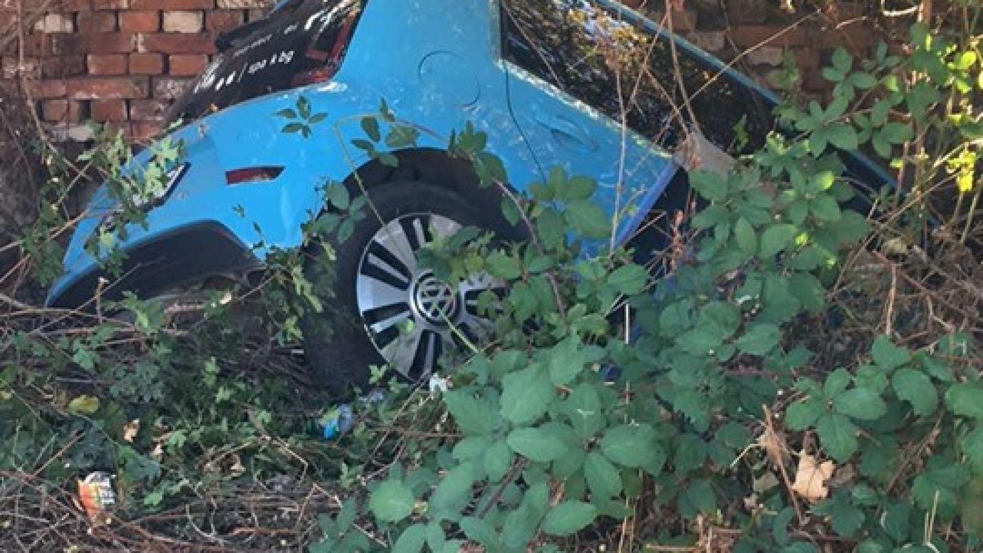 Компания за електрически коли под наем се оплака от вандалски атаки (снимки)