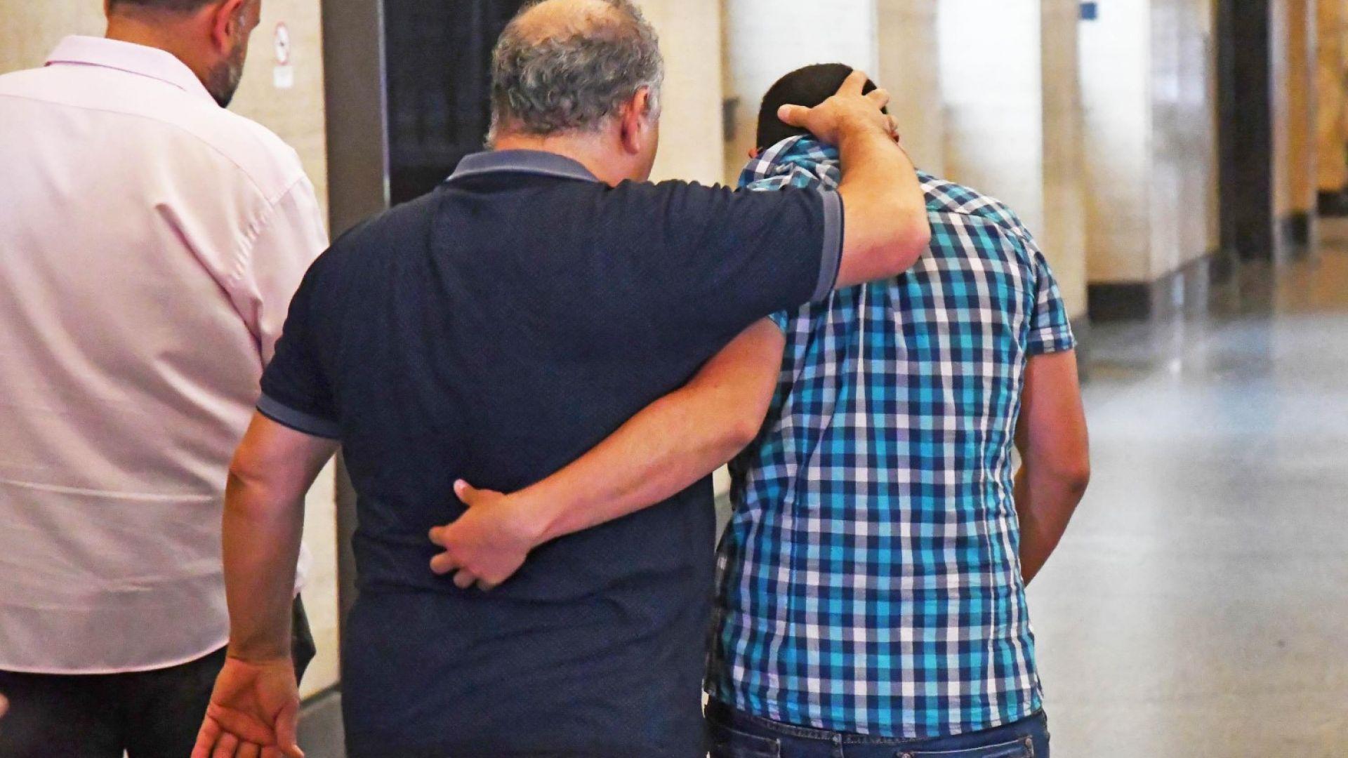 Баща търси правосъдие: Защо се стигна до условна присъда след опит за убийство?