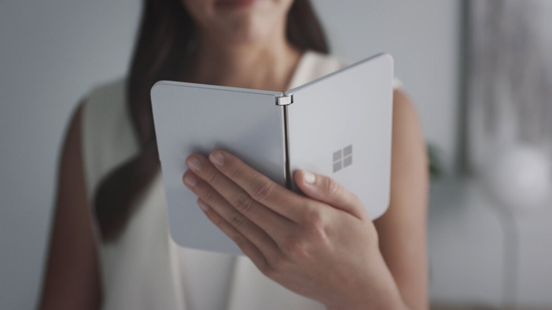 Нова информация за смартфона с Android на Microsoft