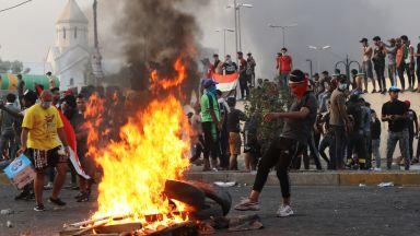 Близо 20 убити при безредици в Ирак, Иран затвори два гранични пункта (снимки, видео)