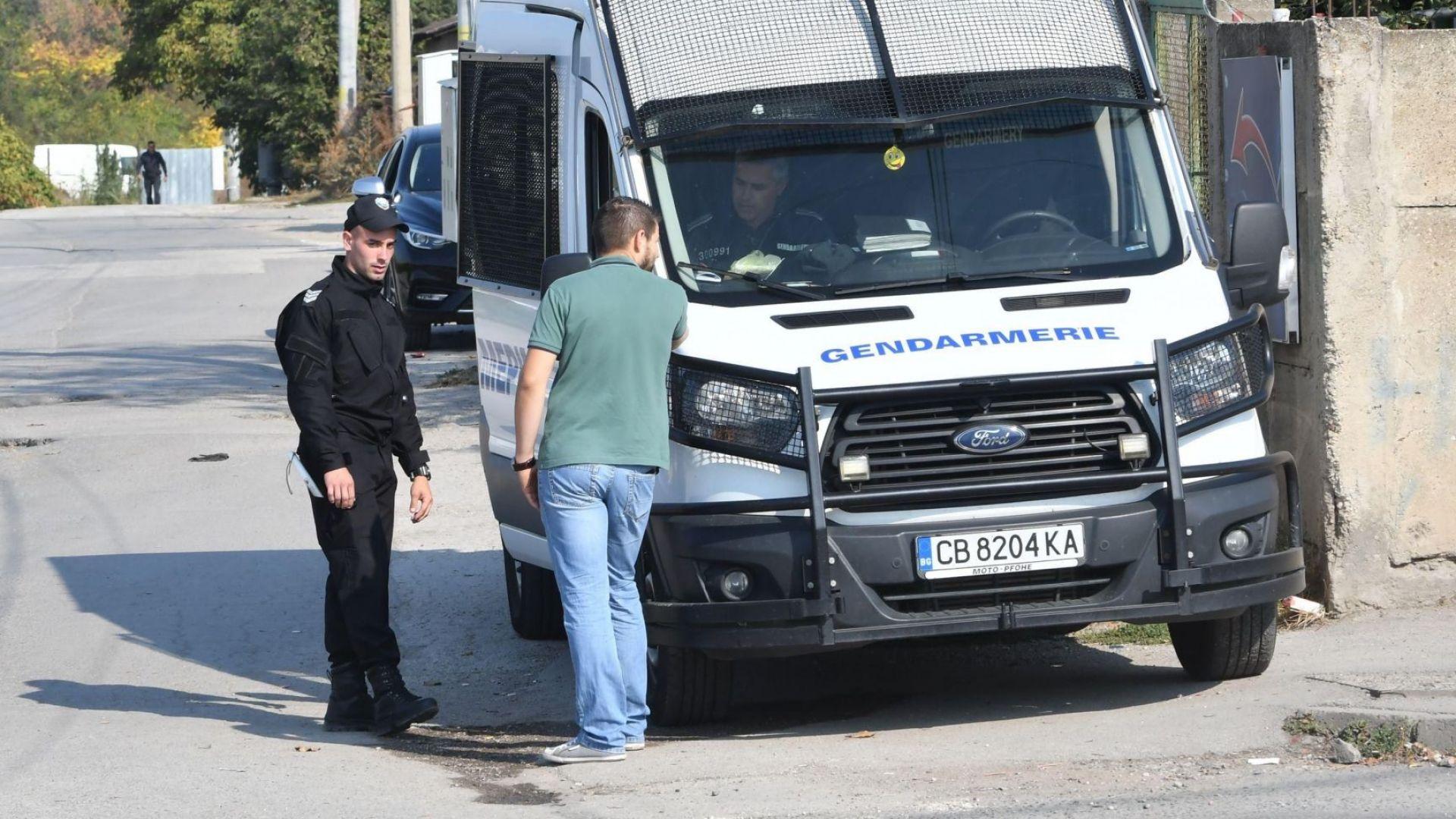 """Сред задържанитe в разбитата група в """"Малашевци"""" има и бивш нотариус"""