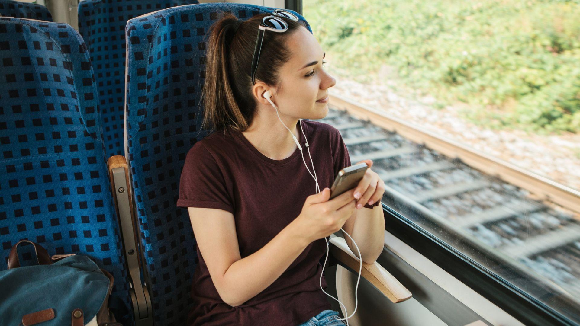 5 подкаста, които си заслужава да слушаме всяка седмица