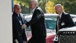 Слави Трифонов поиска среща лице в лице с жена, която твърди, че е заплашвана от екипа му