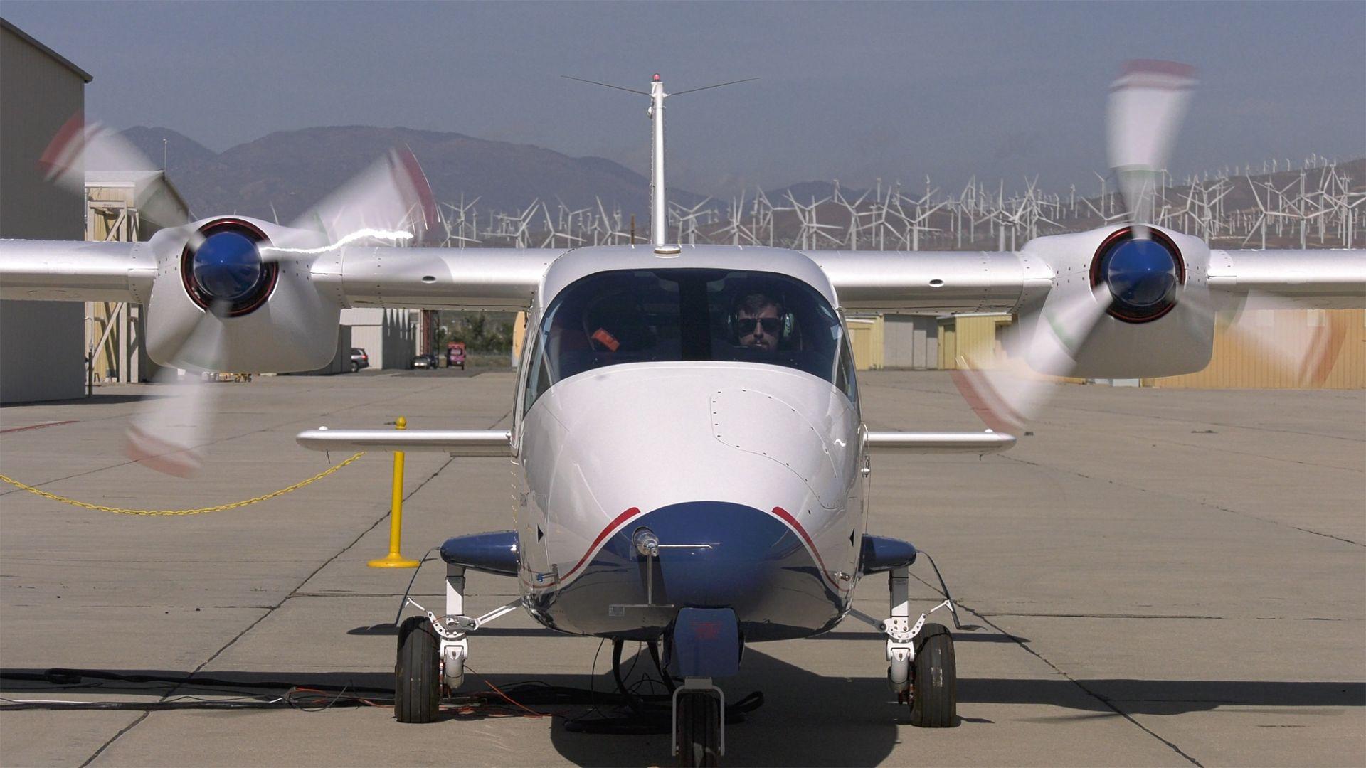 Електрическият самолет на НАСА е готов за първите си тестове