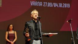 """Голямата награда """"Златна роза"""" отиде при """"Бащата"""" на Кристина Грозева и Петър Вълчанов"""