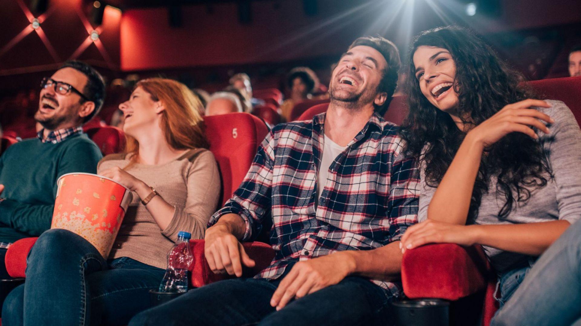 Гледането на филми състарява лицето