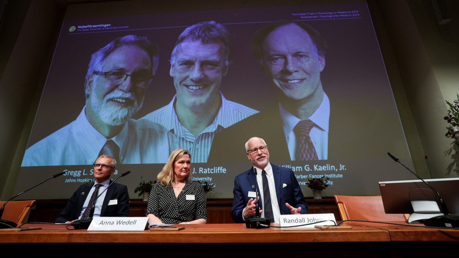 Трима взимат Нобеловата награда за физиология или медицина: разкрили един от най-важните процеси на живота