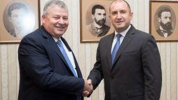 Румен Радев очаква устойчивост и финансова предвидимост при модернизацията на ВВС