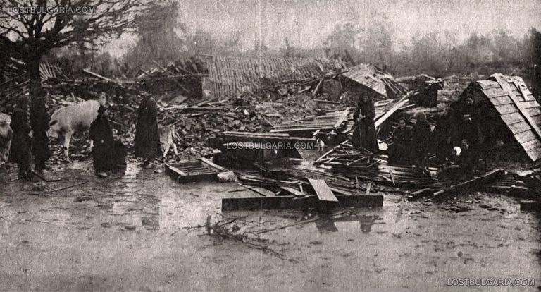 Част от селищата се наводняват заради реките, които напускат коритата си по време на трусовете