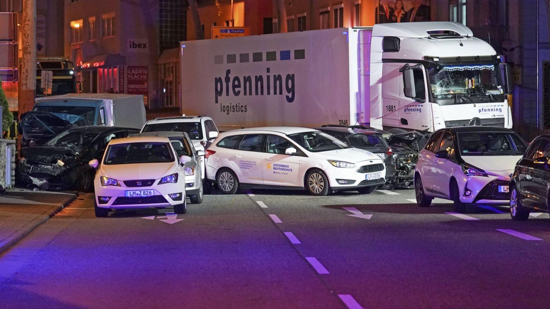 Българин е сред ранените при атаката с камион в Германия