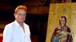 Доайенът на Народния театър Михаил Петров - на 70