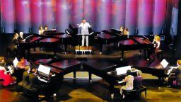 """16 музикални светила от 9 държави пристигат за """"Концерт за 8 рояла"""""""