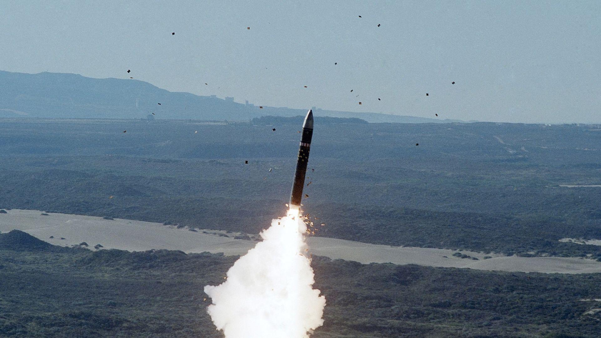 САЩ разработва нова балистична ракета