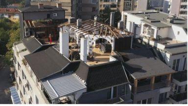 Пламен Георгиев започна да събаря прословутата тераса