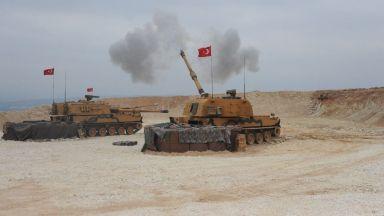 """Турция е нанесла удари по 181 """"мишени на терористите"""" в Сирия, кюрдите отблъснали наземната операция"""