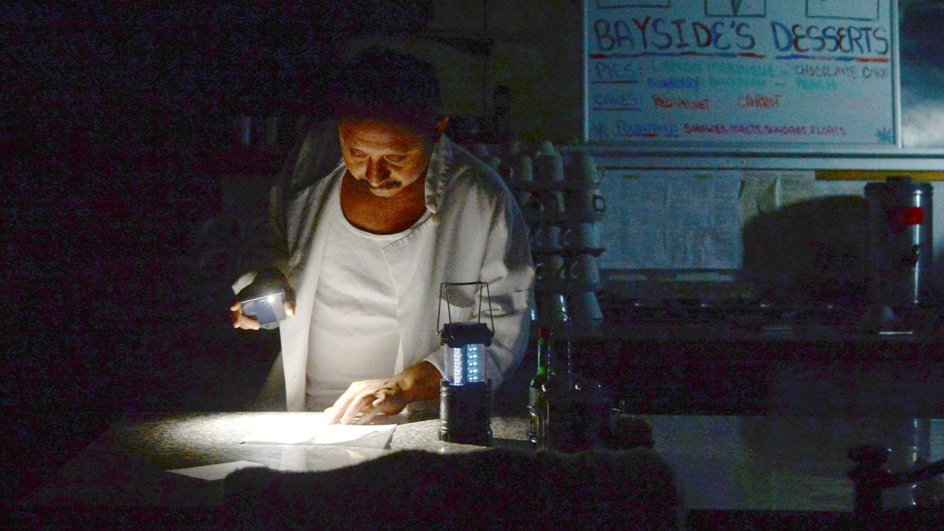 Компанията Пасифик гас енд електрик спря електроподаването на над половин
