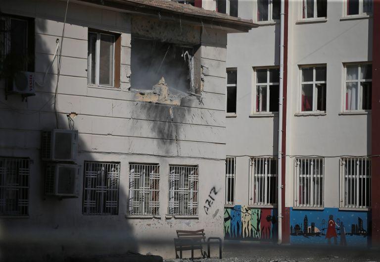 Сирийските кюрди обстрелваха погранични турски градове - поражения в град Акчакале