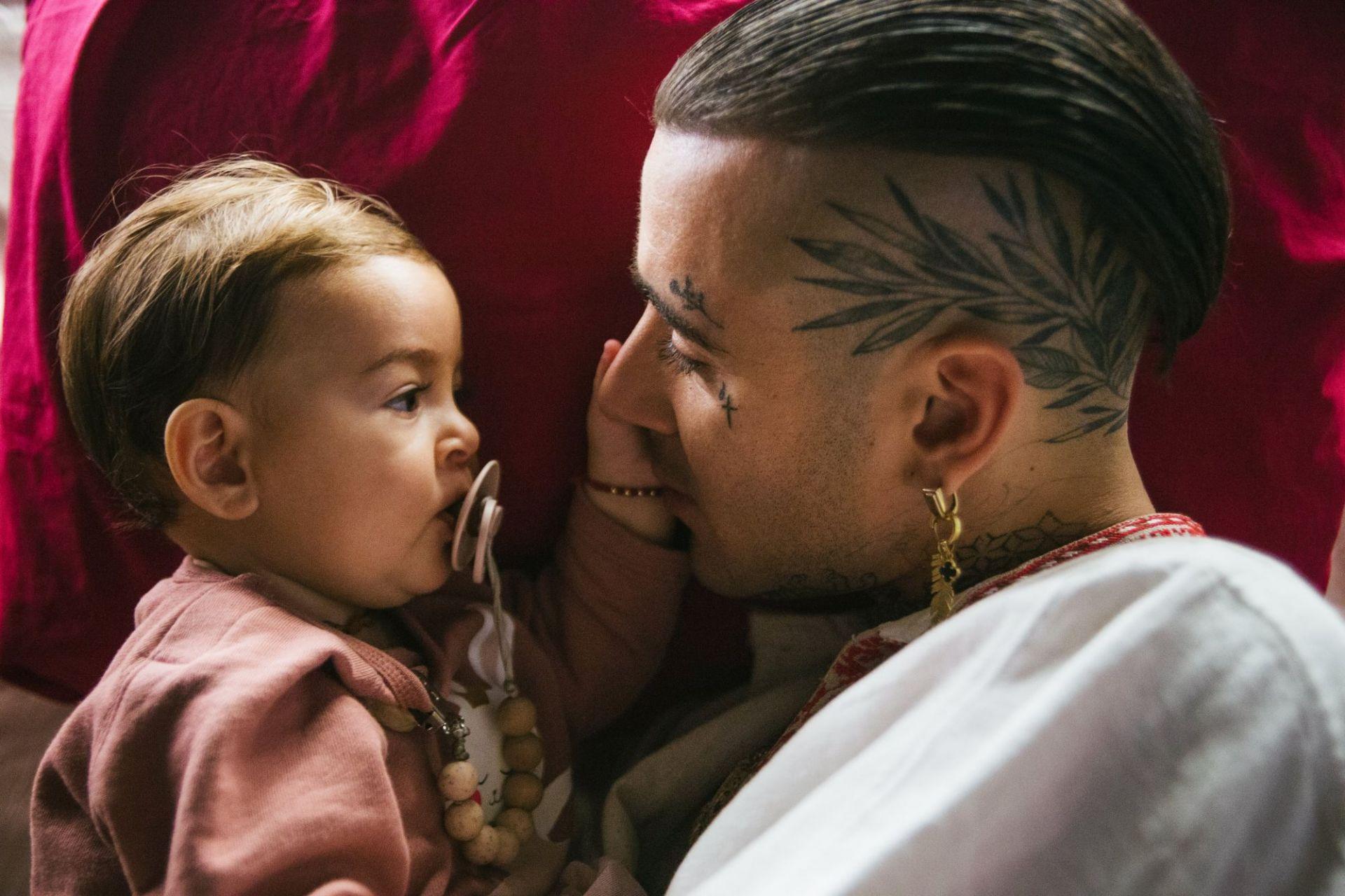 "Venci Venc"" и дъщеричката му Агуая"