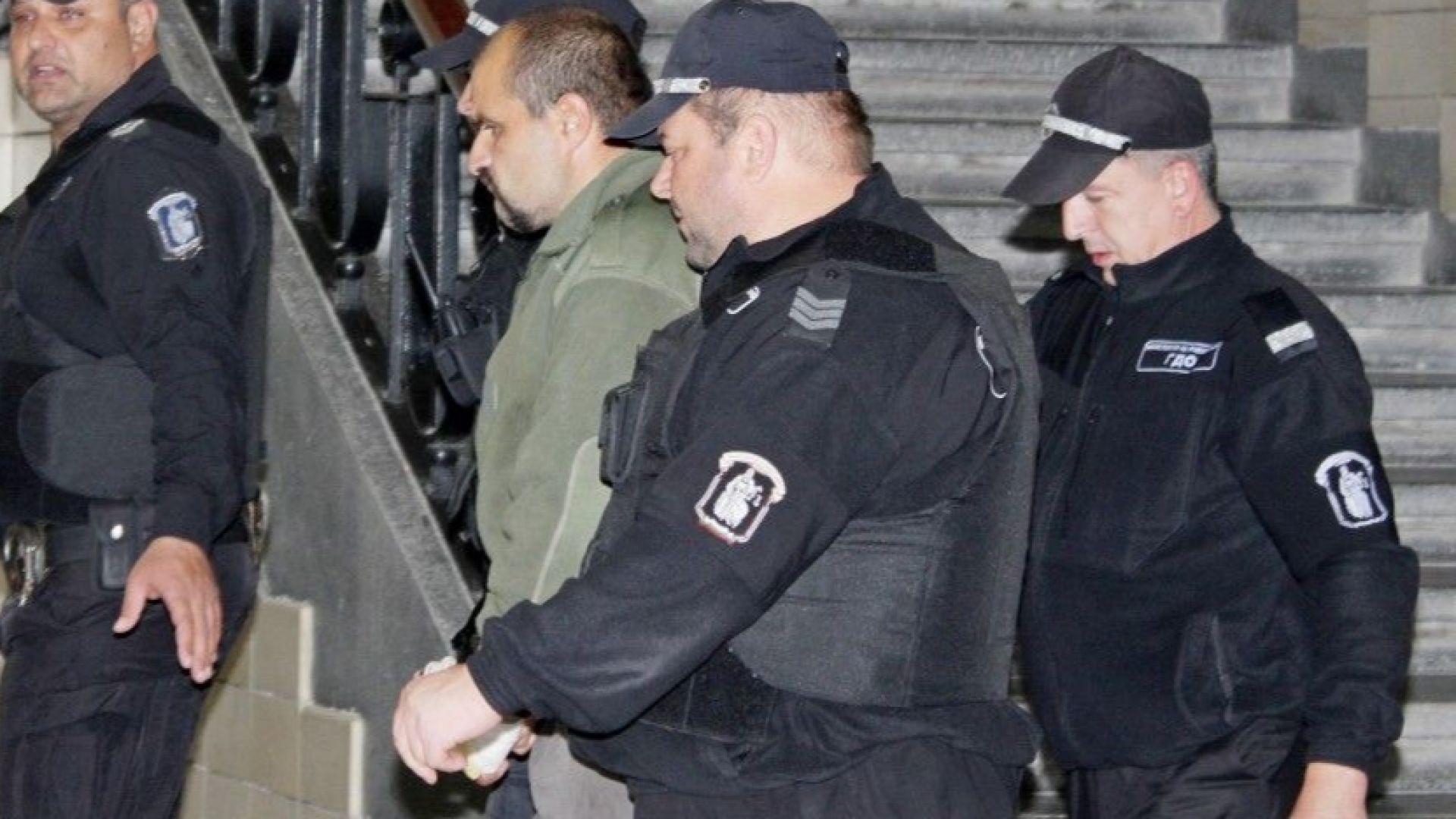 Ямболският окръжен съд остави за постоянно в ареста 37-годишния бивш