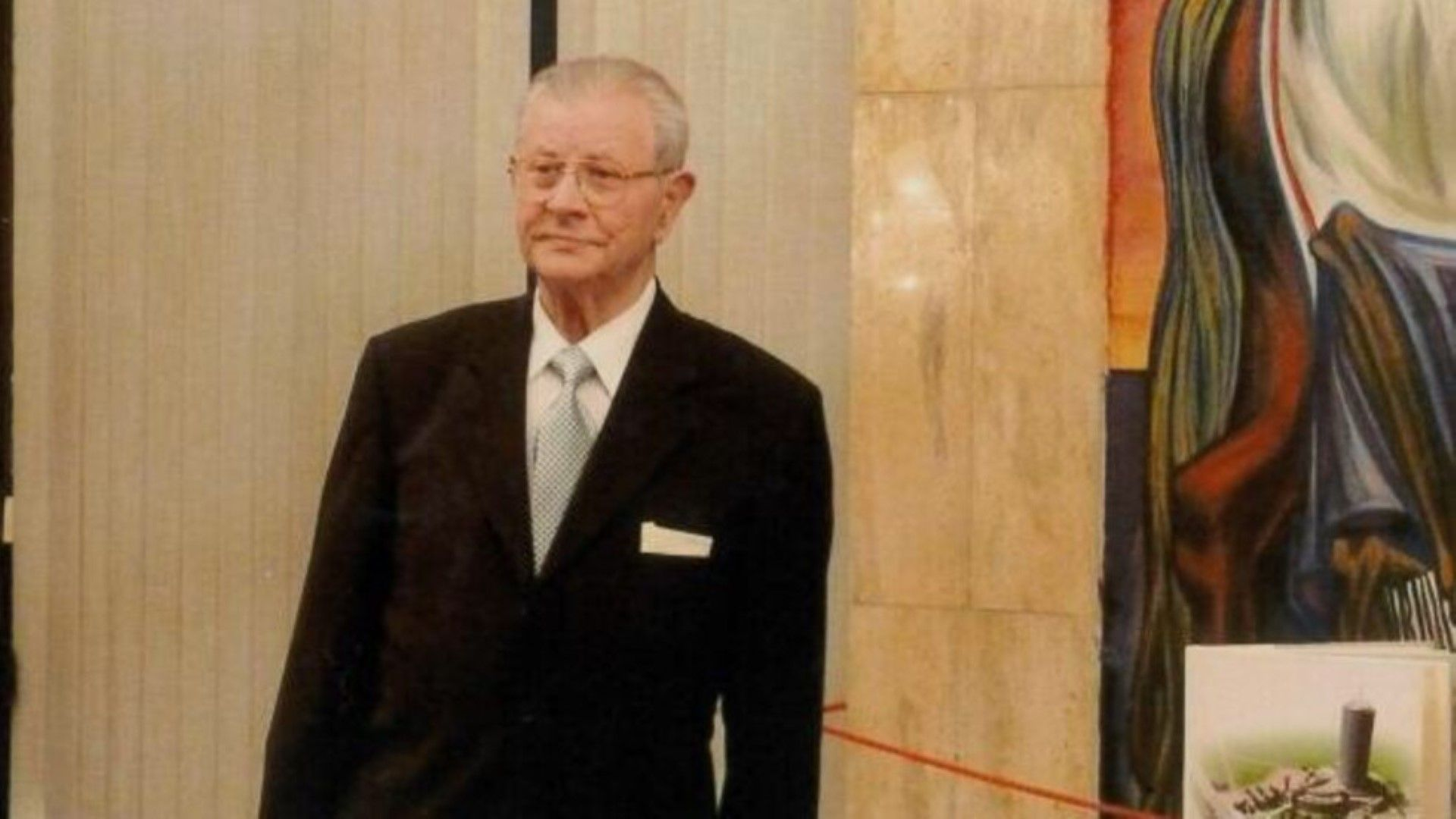 Почина Константин Агура