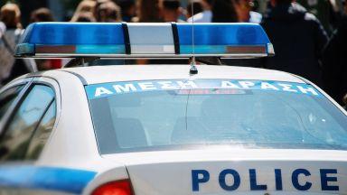 В Гърция задържаха хасковски ван с 20 нелегални мигранти след преследване