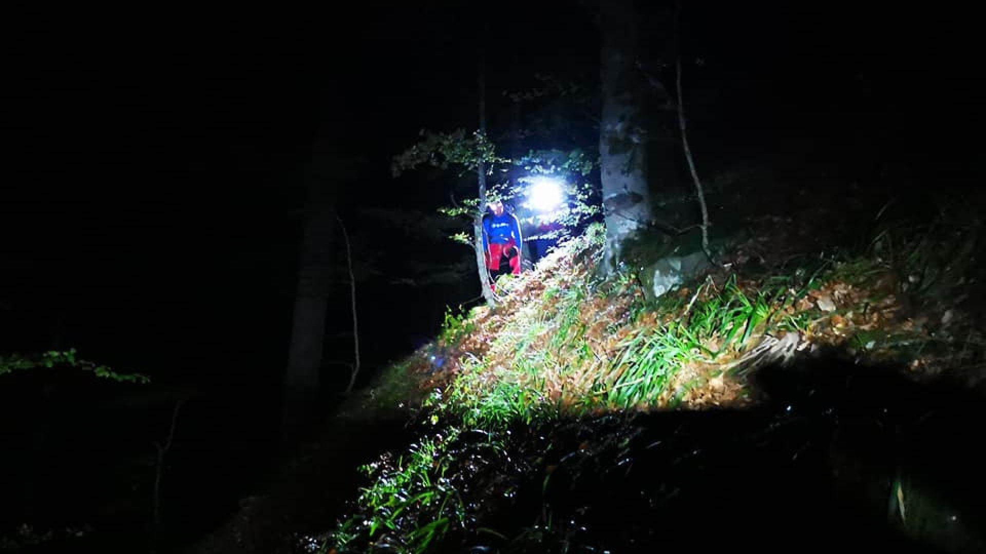 Среднощна акция за бедстващ мъж, паднал от водопад в Беласица