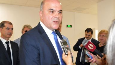 Бисер Петков: Предвидено е увеличение на всички пенсии с 6,6% от юли 2020 г.