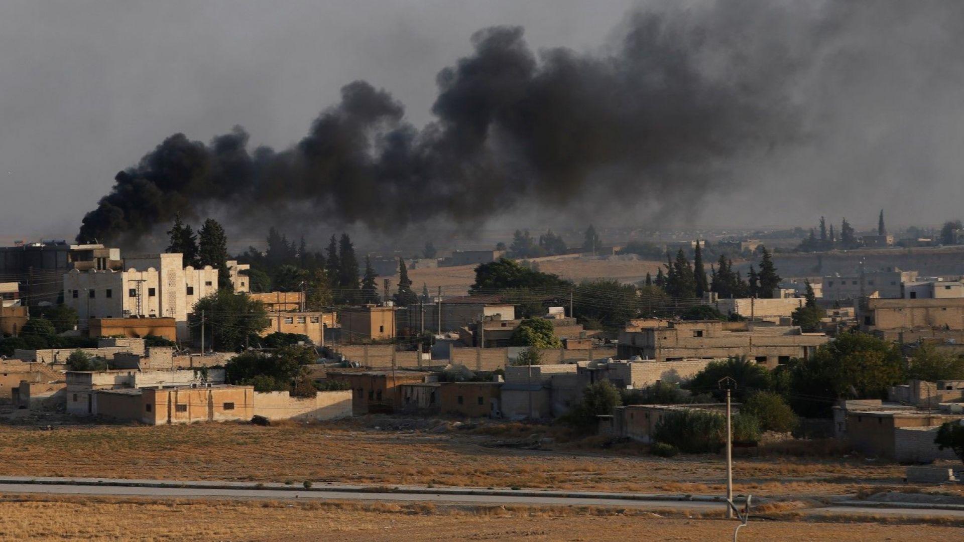 Сирийската армия влезе в град Кобане на границата с Турция