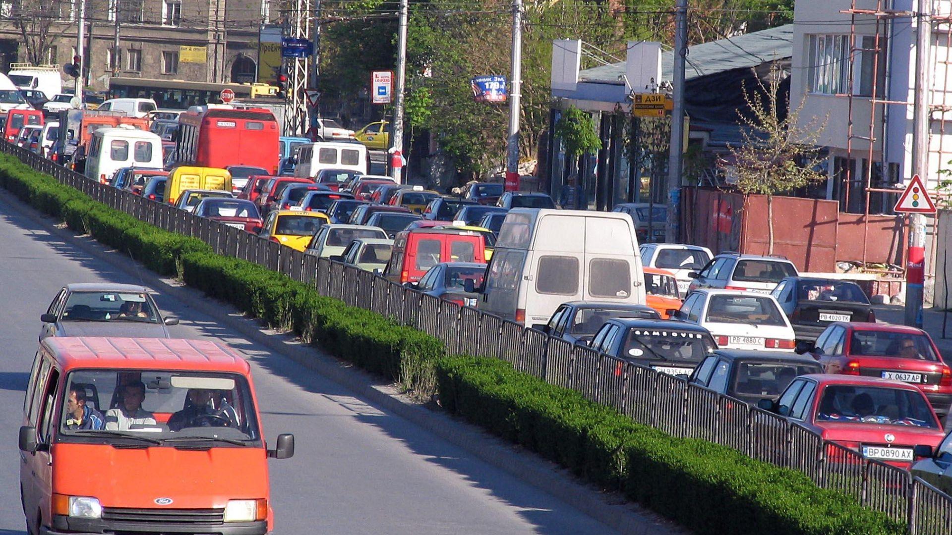 20 април 2005 г. Задръстване в района на Сточна гара в Пловдив