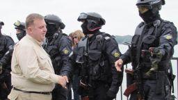 Готови сме да посрещнем нелегални маси на границата, увери Каракачанов