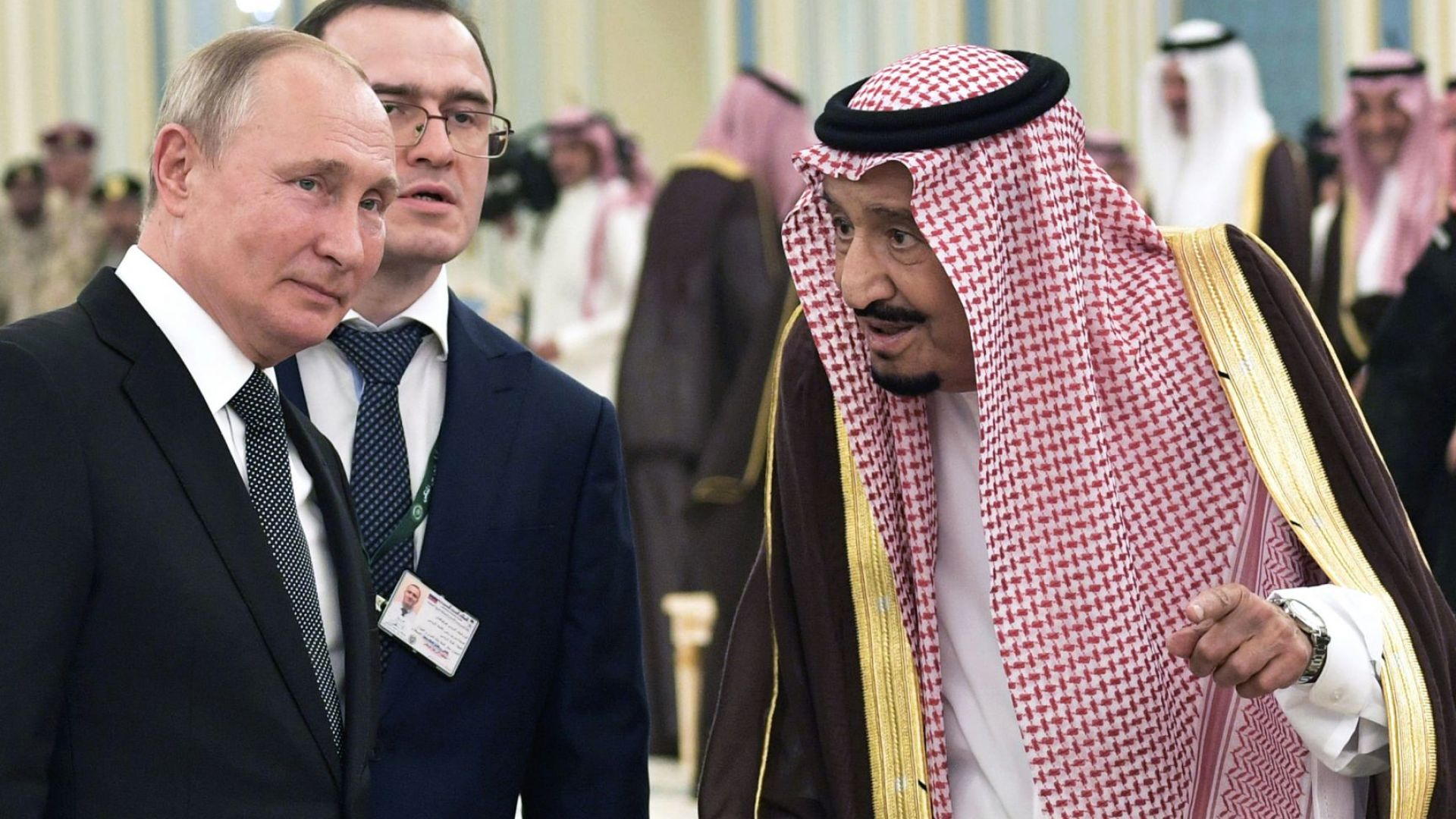 Руският президент Владимир Путин днес е на посещение в Саудитска