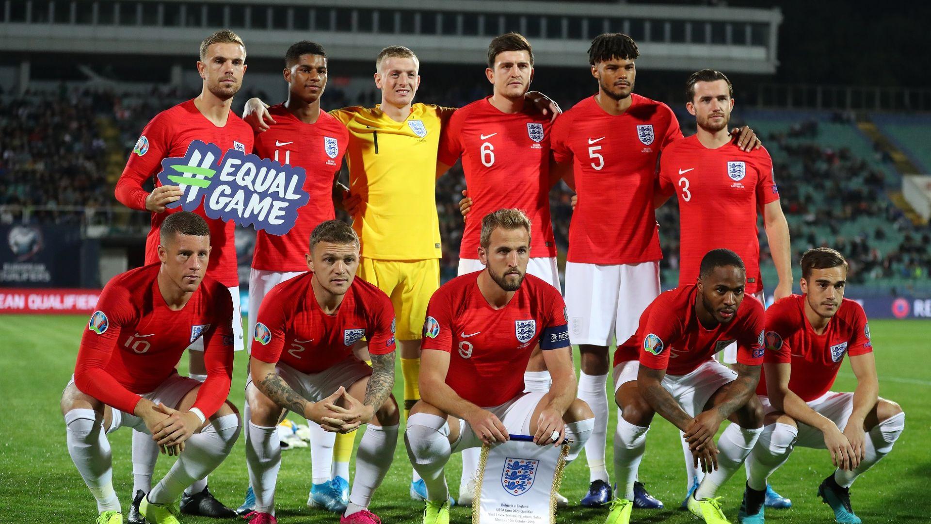 Английските играчи в Туитър: Поздравления за капитана, жалко за България